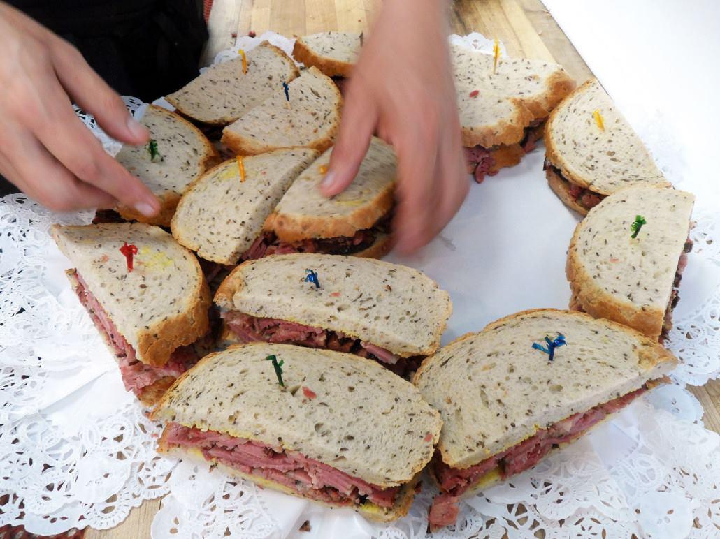 Langer's Deluxe Sandwich Platter